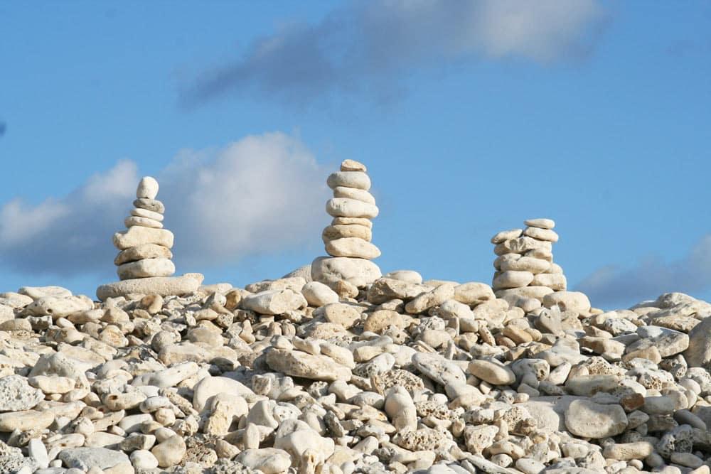 Les cairns de Saint-Denis-d'Oléron vous font leurs adieux